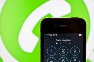 En abril de este año, el CEO de Whatsapp, Jan Koum, reveló que la aplicación alcanzó los 800 millones de usuarios en el mundo Foto:Getty Images. Imagen Por: