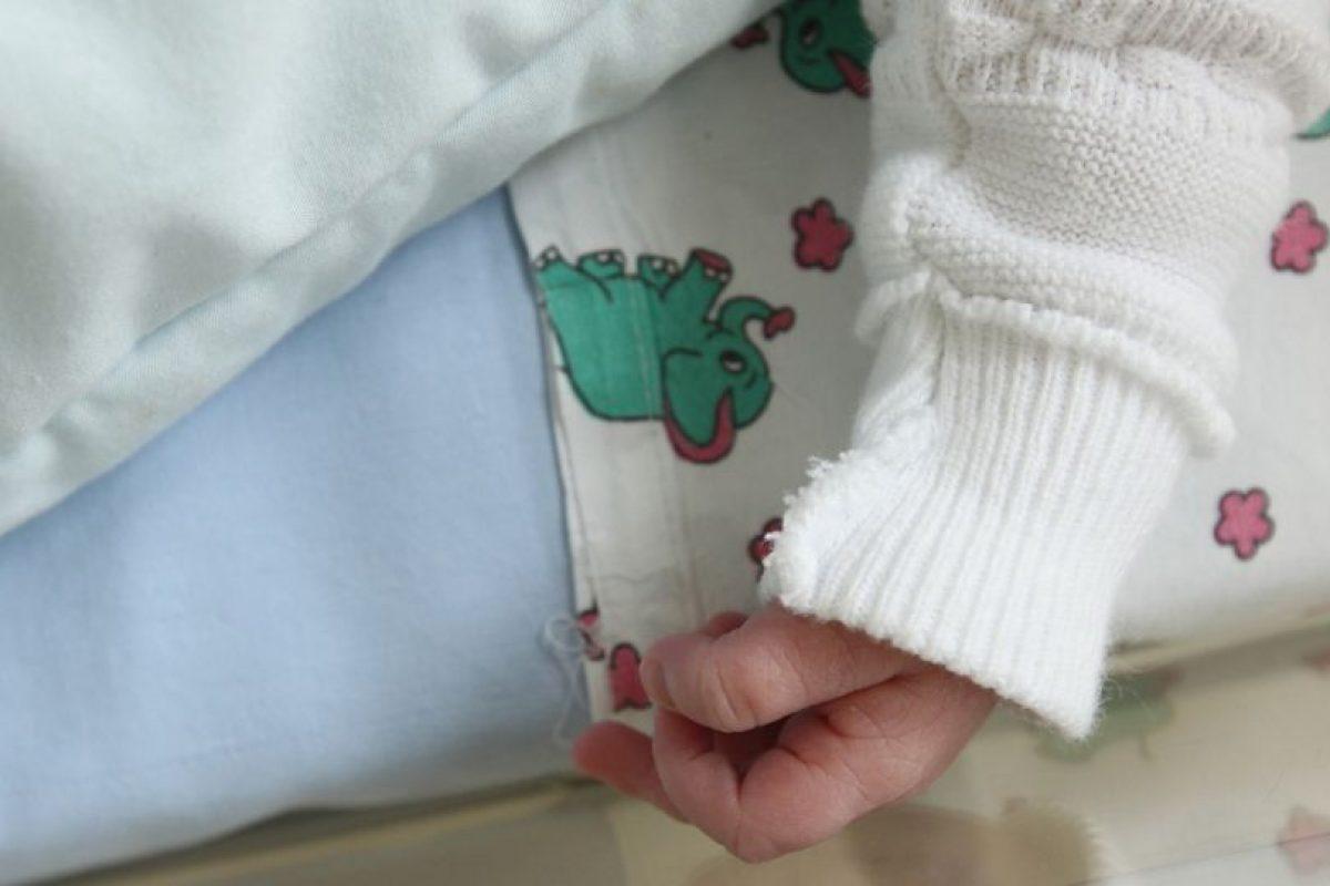 """1. Según el portal """"Bebés y Más"""", el riesgo de que los niños experimenten golpes de calor o hipotermia aumentan en el verano, por lo que los menores no se deben dejar solos ni cinco minutos. Foto:Getty Images. Imagen Por:"""