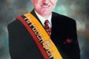 El 6 de febrero de 1997 fue destituido por el Congreso Nacional de su país que alegó incapacidad mental. Foto:Wikimedia.org. Imagen Por: