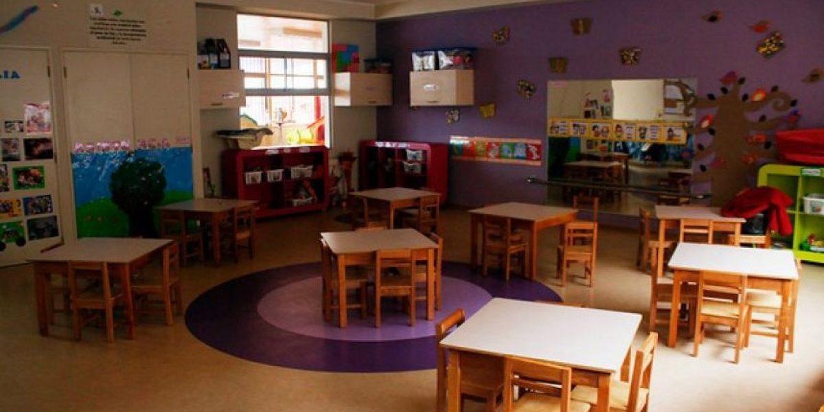 Funcionarias de jardines infantiles y salas cuna anuncian paro en todo el país