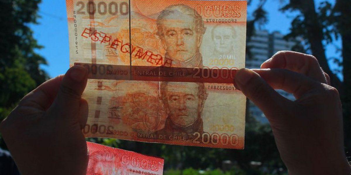 Tocar, mirar e inclinar: Las claves para detectar un billete falso