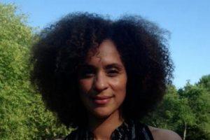 La actriz ahora tiene 48 años y se convirtió en activista. Foto:vía twitter.com/karyn_parsons. Imagen Por:
