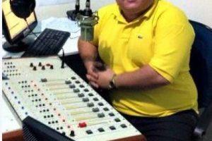 """Gleydon Carvalho: El locutor brasileño fue ultimado mientras transmitía su programa en vivo en """"Radio Libertade FM"""". Se caracterizaba por denunciar actos de corrupción. Foto:Twitter.com-Archivo. Imagen Por:"""