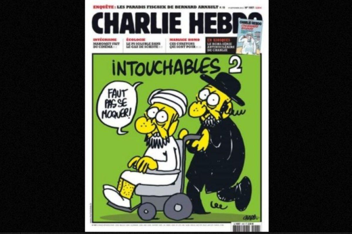Este ataque fue adjudicado por el grupo Al-Qaeda en Yemen Foto:Vía: www.facebook.com/CharlieHebdoOfficiel. Imagen Por: