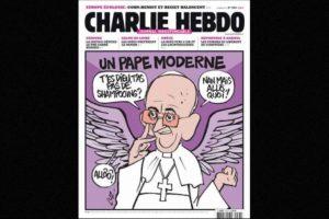 Algunas hacían referencia a líderes mundiales, como el Papa Francisco Foto:Vía: www.facebook.com/CharlieHebdoOfficiel. Imagen Por: