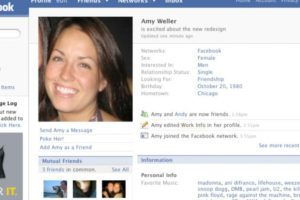 2007. Se le trataba al usuario en tercera persona. Foto:Facebook.com. Imagen Por: