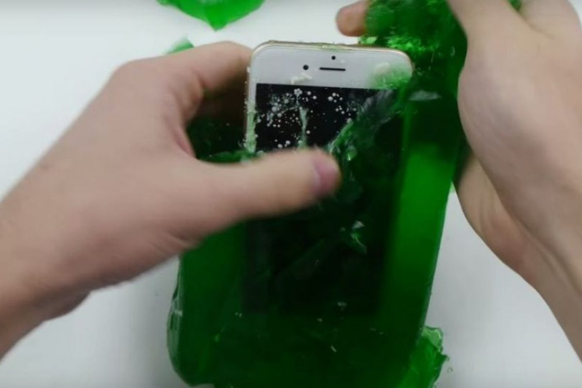 Siguió funcionando después de un día. Foto:vía TechRax / YouTube. Imagen Por: