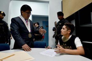 Estas fueron imágenes de su extradición a Perú Foto:Vía Twitter.com/mininterperu. Imagen Por: