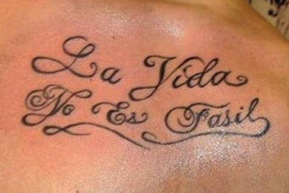 """""""Fácil"""" es con """"C"""" y con tilde. Foto:vía Facebook. Imagen Por:"""