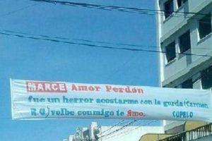 """""""Error"""" es sin """"h"""". """"Volvé"""" es con """"V"""". Foto:vía Facebook. Imagen Por:"""