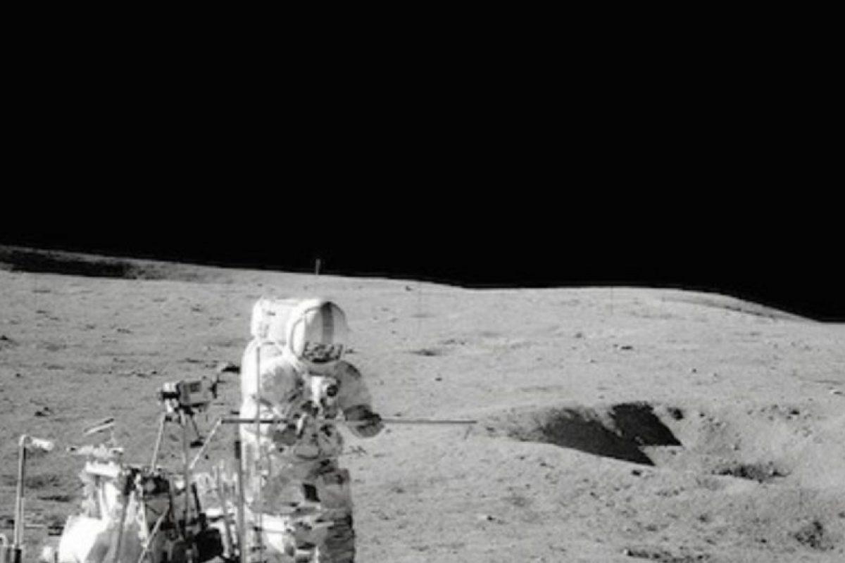Una imagen de la misión Apolo 14 en la superficie lunar Foto:Instagram.com/NASA. Imagen Por: