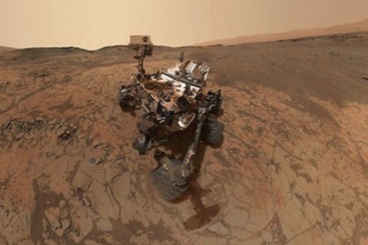 Un selfie tomado por el robot Curiosity en Marte. Mañana cumple tres años en la superficie del planeta rojo Foto:Instagram.com/NASA. Imagen Por:
