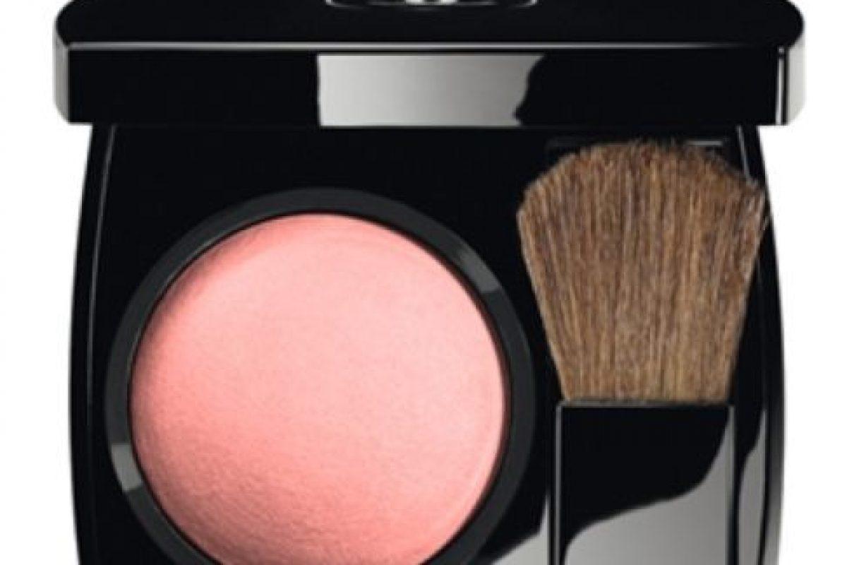 3. Rubor Chanel Joues Contraste en Alezane US$45 / € 39 chanel.com Foto:vía Chanel. Imagen Por: