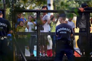 Hungría declaró el estado de emergencia en su frontera con Serbia. Foto:AFP. Imagen Por: