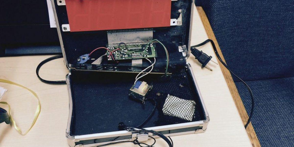 Adolescente musulmán detenido por fabricar un reloj que