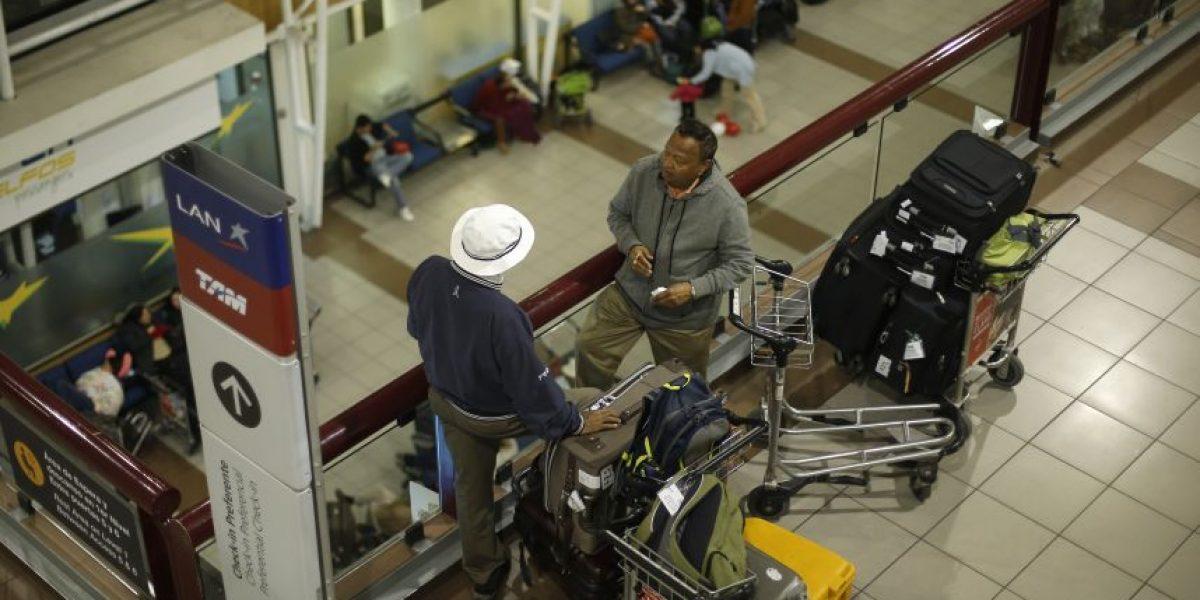Paro de la DGAC: más de 300 vuelos suspendidos y 50 mil afectados