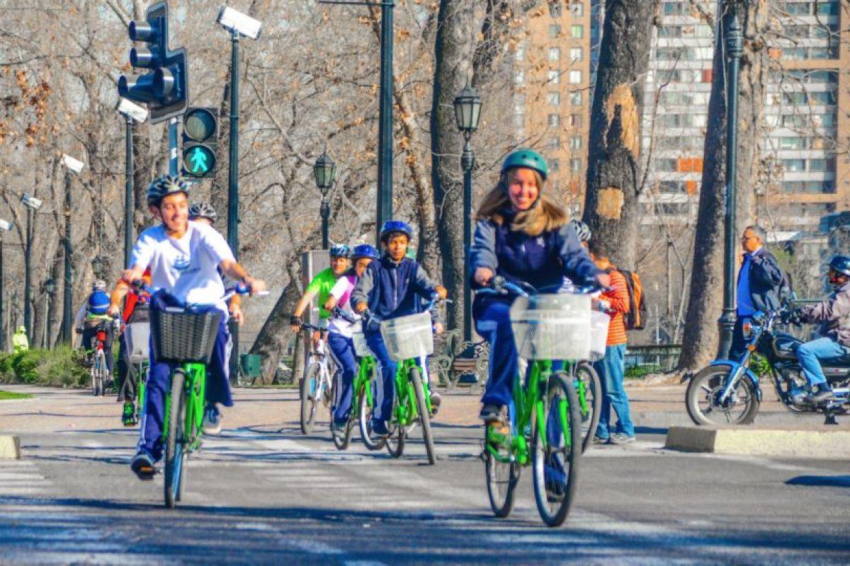 Niños recorren Santiago en bici con La Bicicleta Verde Foto:Cortesía. Imagen Por: