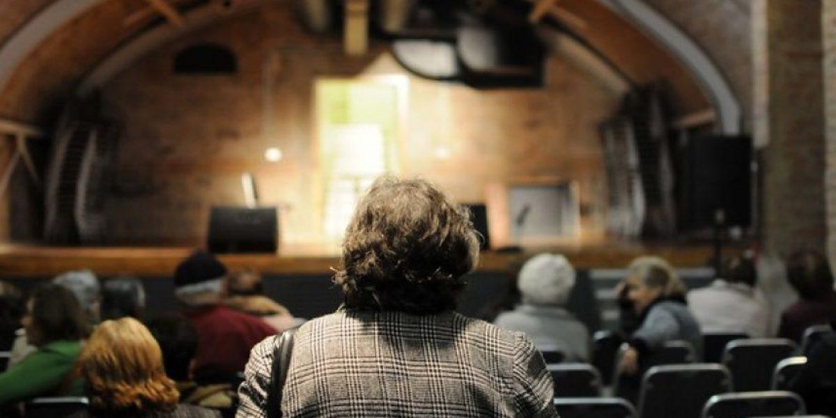 Diputados aprueban proyecto que crea delito de maltrato a adultos mayores