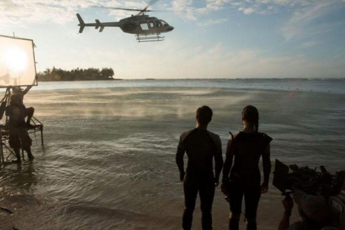 """Y se sitúa momentos después de que el """"Distrito 13"""" consiguiera rescatar a """"Peeta Mellark"""" de las garras del Capitolio. Foto:IMDb. Imagen Por:"""