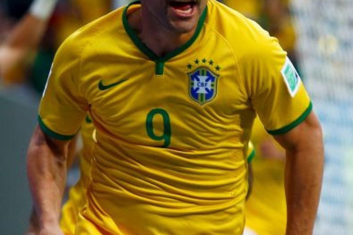 """""""Para mí, esto se acabó"""", confesó el delantero brasileño, uno de los más criticados durante la actuación de Brasil en su Mundial de 2014. Por ello, Fred prefirió hacerse a un lado. Foto:Getty Images. Imagen Por:"""