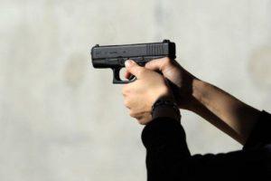 En Estados Unidos la posesión de armas ha provocado masacres y tragedias similares. Foto:vía Getty Images. Imagen Por: