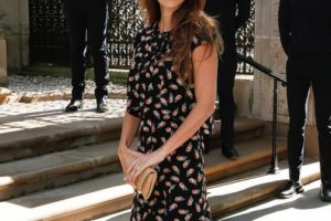 Penélope Cruz hubiese hecho más elegante ese vestido con otro estilismo. Foto:vía Getty Images. Imagen Por: