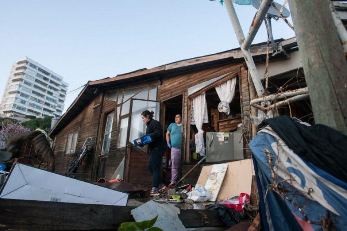La presidenta Michelle Bachelet informó que visitará las zonas afectadas esta tarde Foto:AFP. Imagen Por: