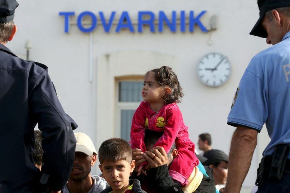 Cientos de migrantes llegaron desde el miércoles en la madrugada. Foto:AFP. Imagen Por: