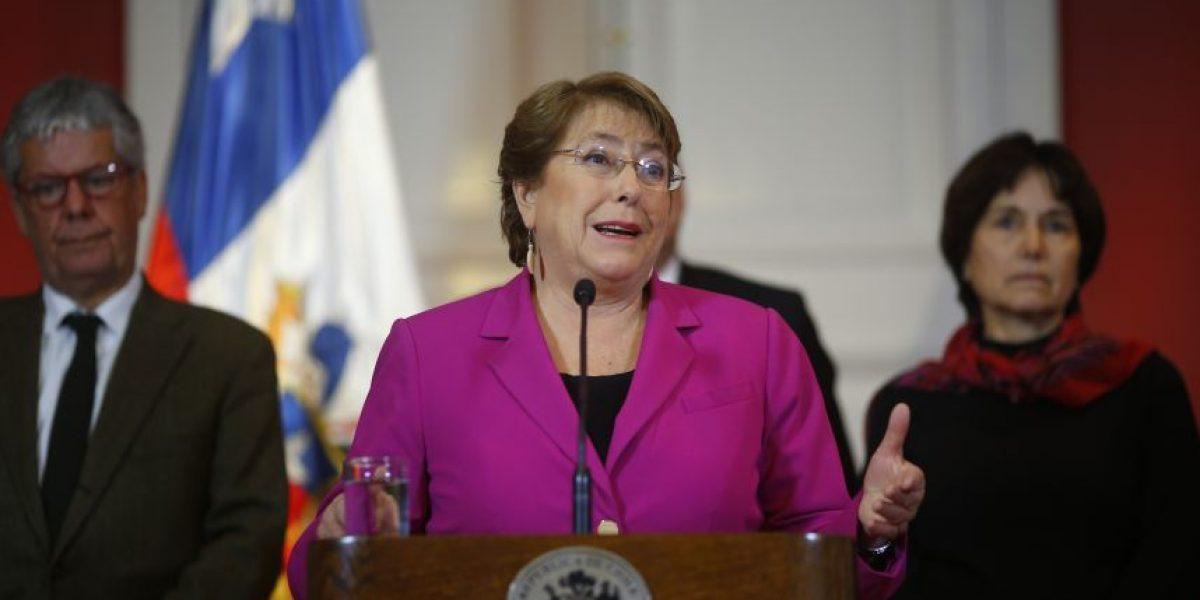 Bachelet suspende actividades de Fiestas Patrias tras terremoto
