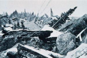 2. 28 de marzo de 1964, Prince William Sound, Alaska: 9.2 fue la magnitud de este sismo que causó deslizamientos de tierra en Anchorage y levantó partes de las islas periféricas de hasta 11 metros Foto:Wikimedia. Imagen Por: