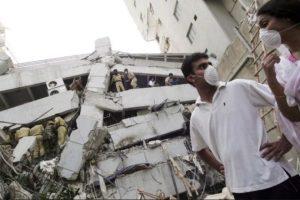 6. 8 de octubre de 2005, Pakistán: Las zonas más devastadas fueron Muzaffarabad, Cachemira y Uri. Foto:Getty Images. Imagen Por: