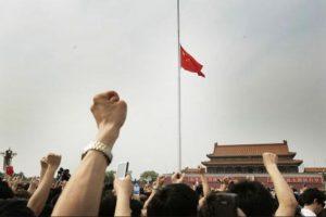 12 de mayo de 2008, Sichuan, China: 69 mil 195 muertos, 374 mil 177 heridos y 18 mil 392 personas desaparecidas dejó el sismo de 7.9 grados de magnitud. Foto:Getty Images. Imagen Por: