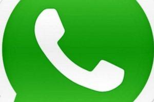 Para que llamar a sus amigos si para contactarlos tienen WhatsApp y es lo más sencillo. Foto:Pinterest. Imagen Por: