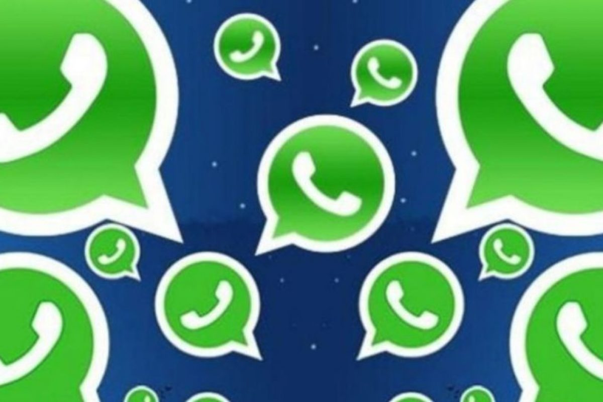 "6- ""Pásame tu WhatsApp"". Foto:Pinterest. Imagen Por:"