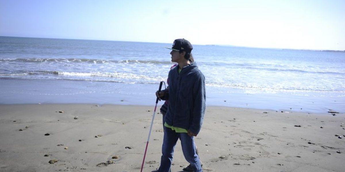 Surfista no vidente perdió todo en tsunami justo antes de ir al mundial