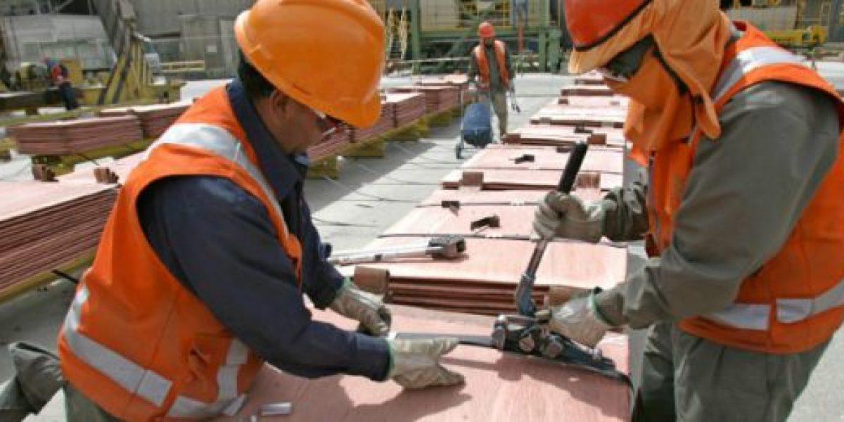 Precio del cobre registra alza de 0,3%