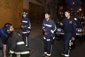 En Valparaíso la gente ya fue evacuada por los guías de seguridad. Foto:vía Agencia Uno/Publimetro Chile. Imagen Por: