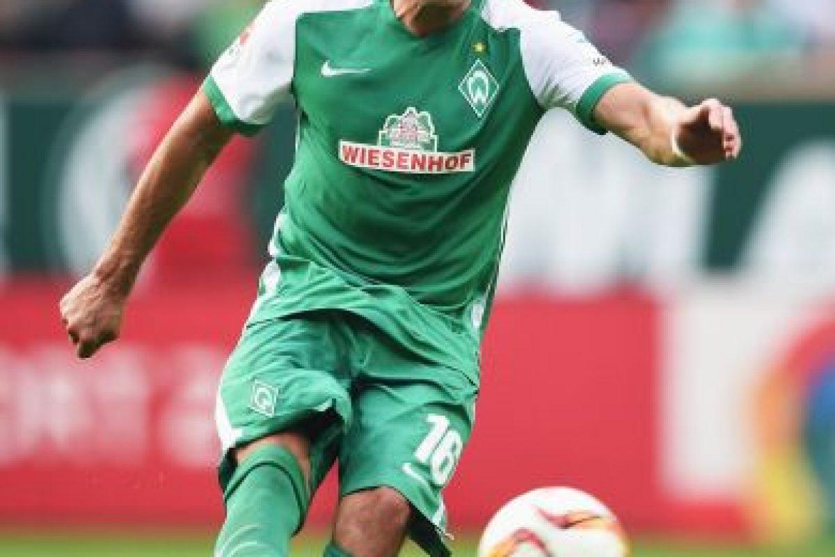El hombre del Werder Bremen sube al podio en el tercer puesto Foto:Getty Images. Imagen Por: