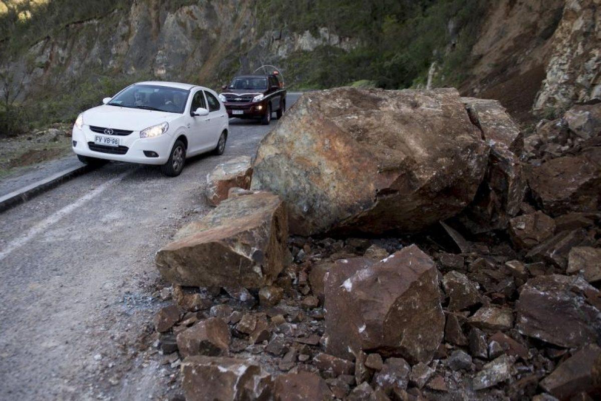 La magnitud de las réplicas varía entre los 4 y los 6 grados Richter Foto:AFP. Imagen Por: