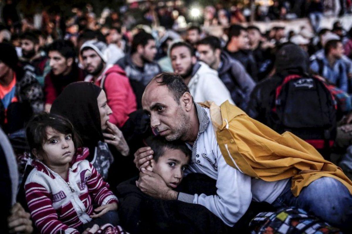 Migrantes y refugiados esperan en Estambul para poder llegar a la frontera de Turquía y Grecia. Foto:AFP. Imagen Por: