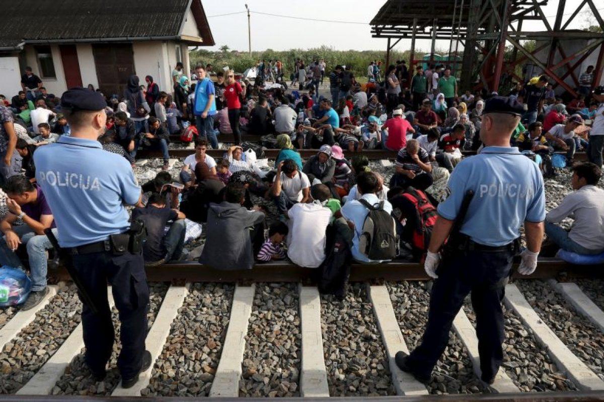 Desde el miércoles cientos de migrantes han llegado a las frontera entre Serbia y Croacia. Foto:AFP. Imagen Por: