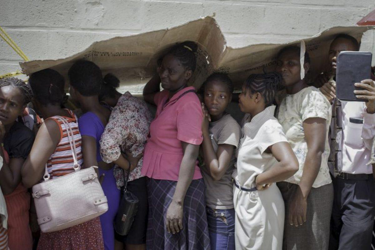 Haitianos esperan para recibir una consulta médica. Foto:AFP. Imagen Por:
