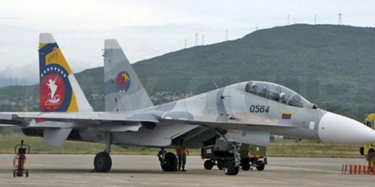 Avión de combate venezolano se accidenta en frontera con Colombia