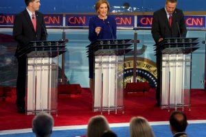 Los candidatos Scott Walker, Carly Fiorina y John Kasich en ese orden. Foto:AFP. Imagen Por: