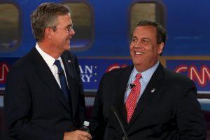 Jeb Bush (izq) y Chris Christie (der) Foto:AFP. Imagen Por: