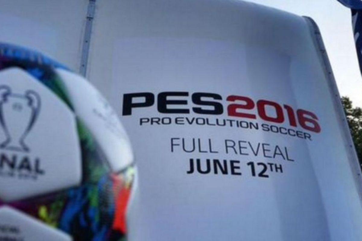Promoción en la final de la UEFA Champions League. Foto:Konami. Imagen Por: