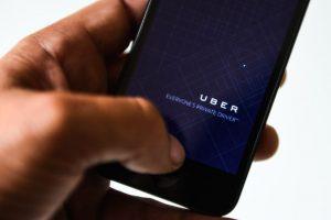Uber es una de las app favoritas de los usuarios para transportarse. Foto:Getty Images. Imagen Por: