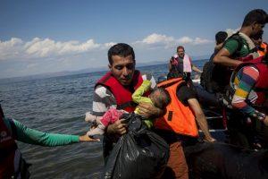 """""""Quedé impactado por cómo están tratando a los migrantes. Esta situación es inaceptable"""", opinó el secretario general de la ONU, Ban Ki-moon. Foto:Getty Images. Imagen Por:"""