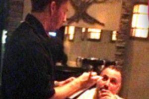Lo vieron trabajando de camarero en 2012. Foto:vía Twitter. Imagen Por: