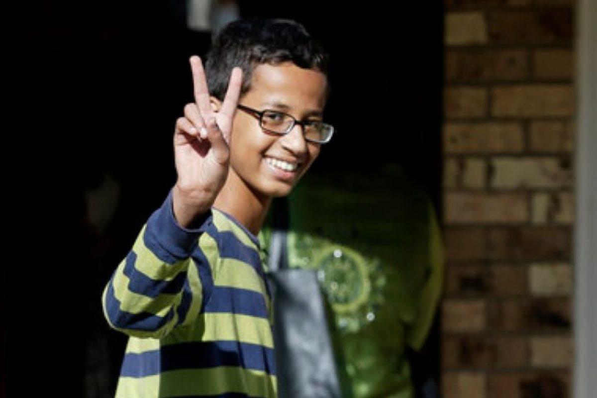 Lo que le pasó a Ahmed dio para que lo apoyaran ampliamente en redes sociales e instituciones. Foto:vía AP. Imagen Por: